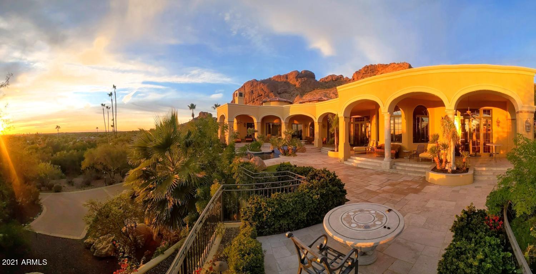 4836 E White Gates Drive Phoenix, AZ 85018