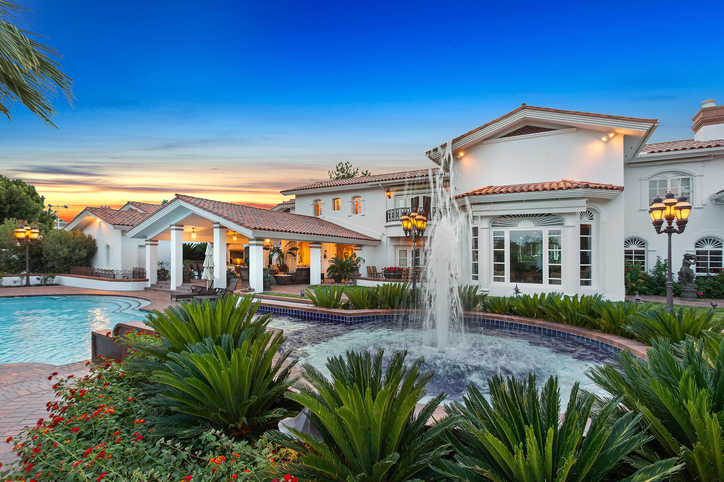37 Biltmore Estate Phoenix, AZ 85016