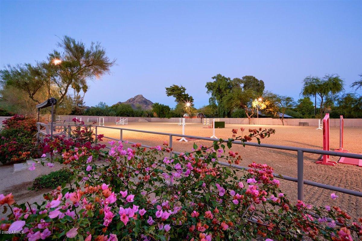 2020 E Bethany Home Road Phoenix, AZ 85016