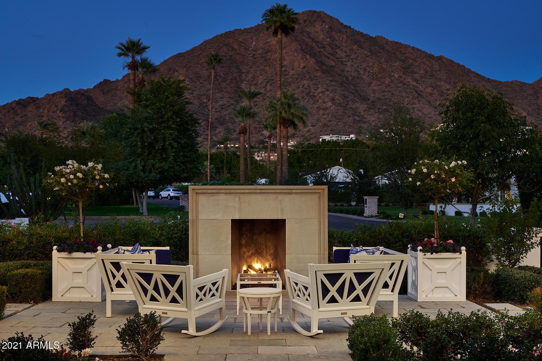 4601 N Royal Palm Circle Phoenix, AZ 85018