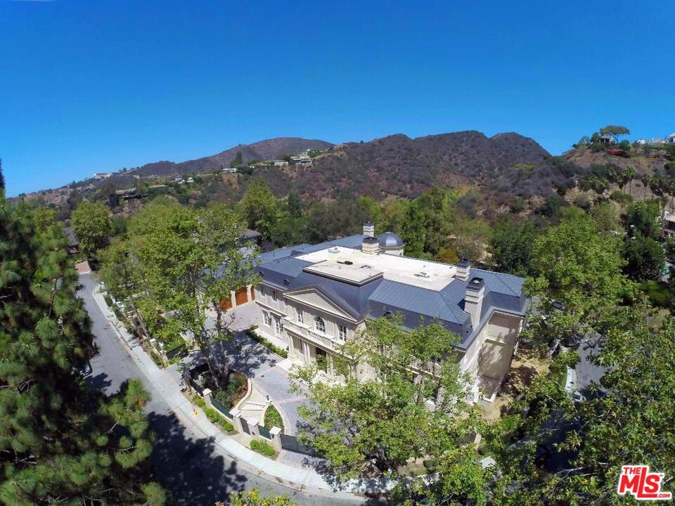 11630 Moraga Ln Los Angeles, CA 90049