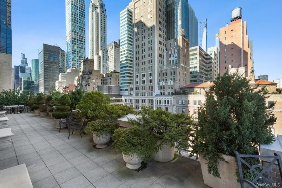 515 Park Avenue New York, NY 10022