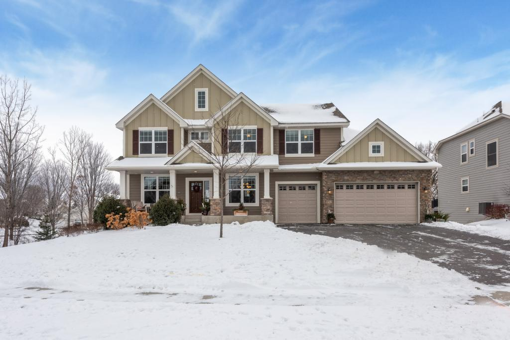 192 Lakeview Road E Chanhassen, MN 55317