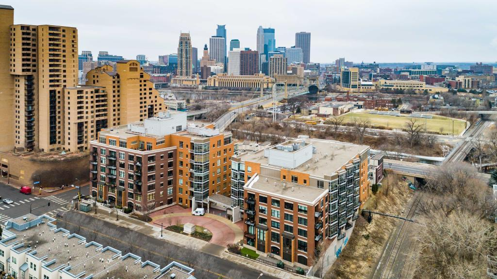 150 2nd Street Ne Unit B301 Minneapolis, MN 55413