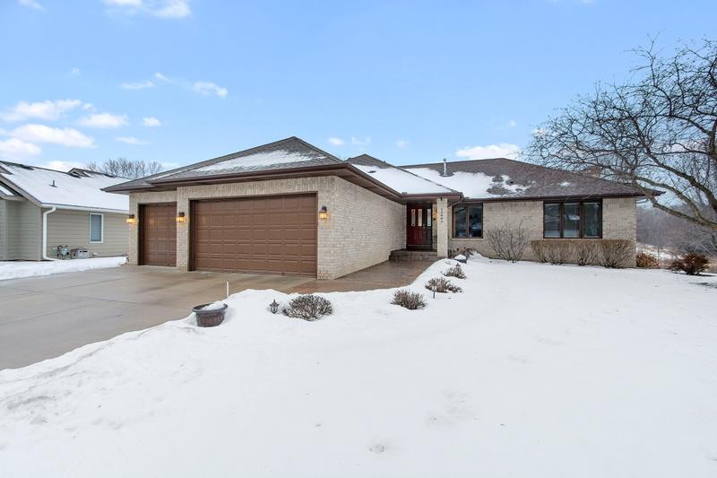11641 Pondview Court N Champlin, MN 55316
