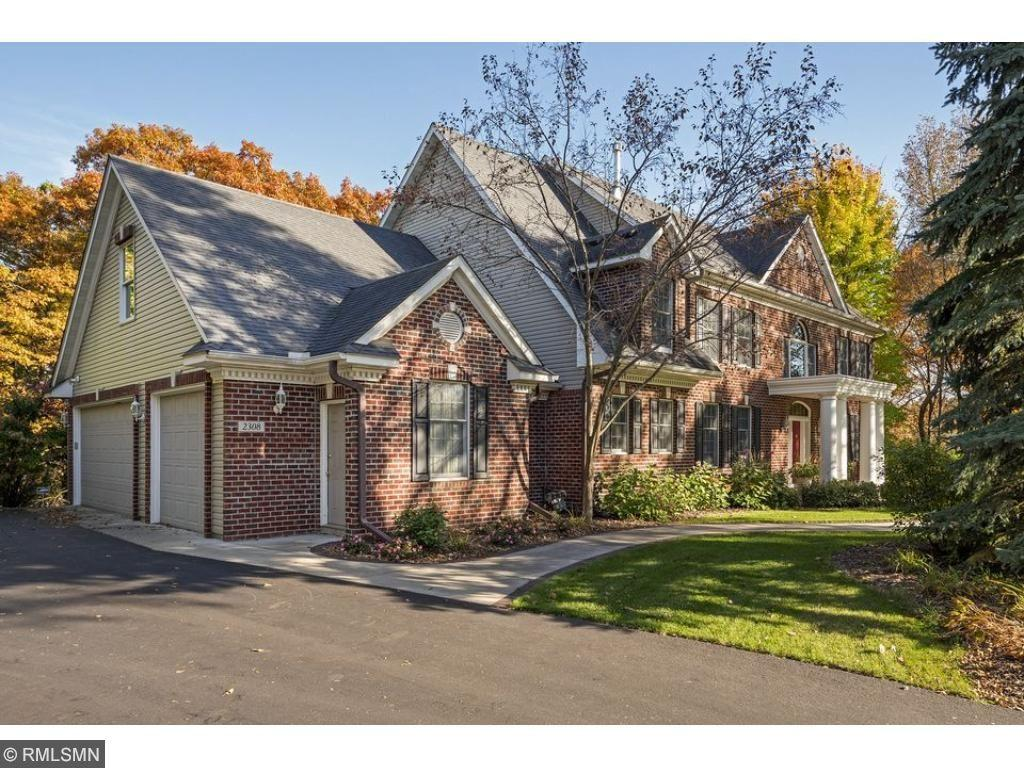 2308 Wildwood Court Burnsville, MN 55306