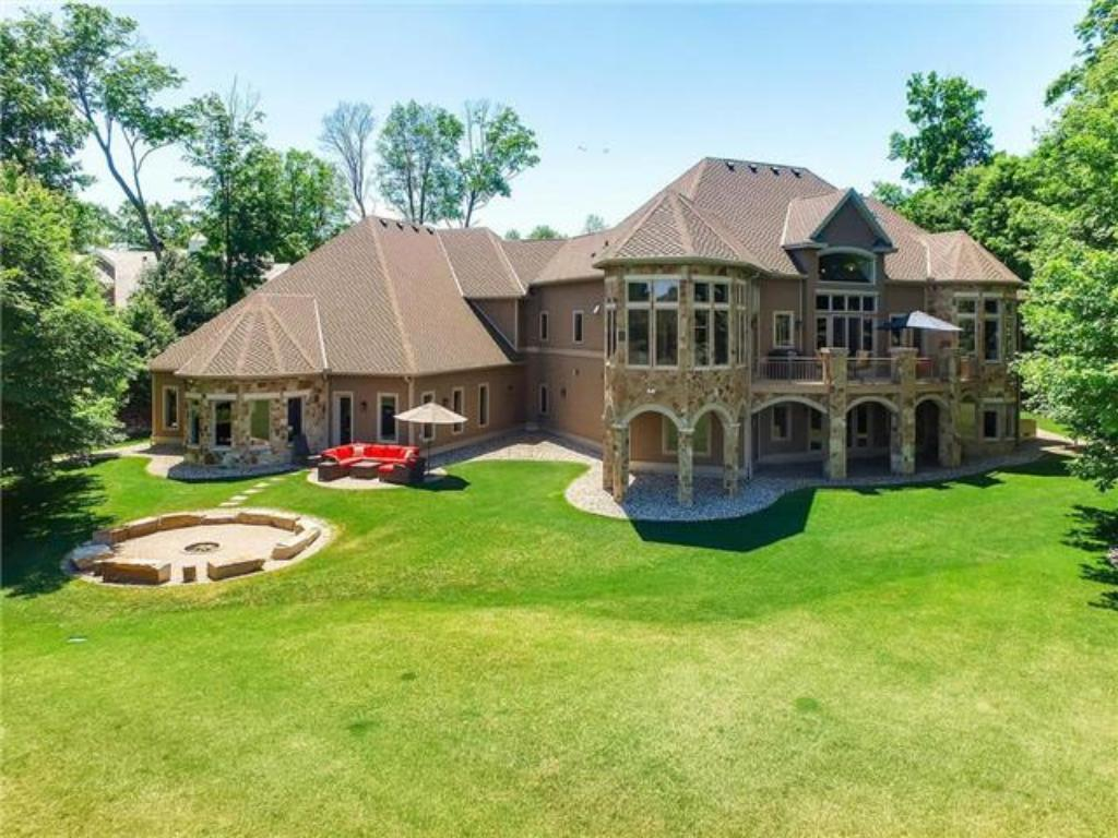 27630 Virginia Cove Shorewood, MN 55331
