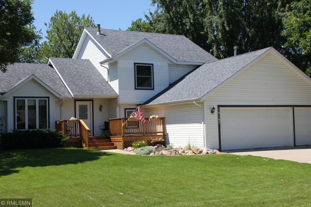 16167 Goodview Trail Lakeville, MN 55044