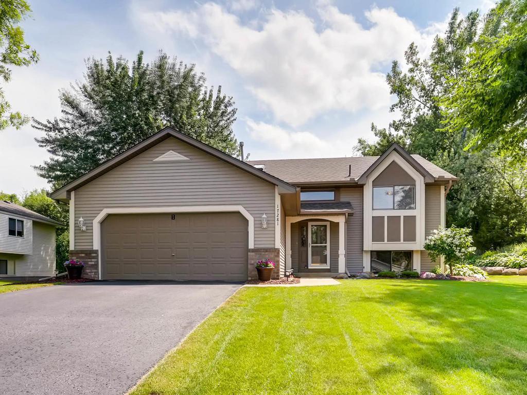 17281 Greentree Path Lakeville, MN 55044