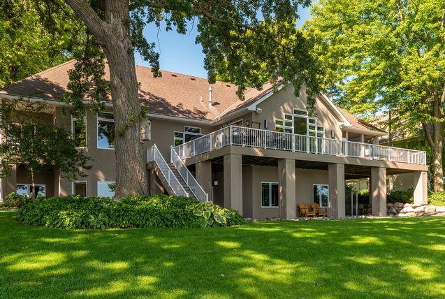 153 Lakeview Terrace Boulevard Waconia, MN 55387