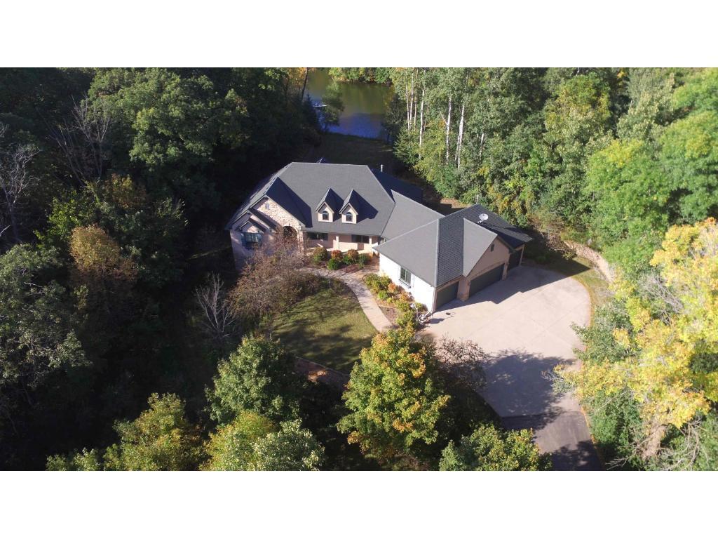 23240 Woodland Ridge Drive Lakeville, MN 55044