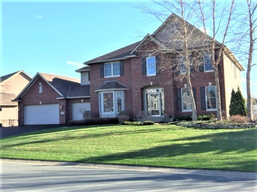 19077 Inndale Drive Lakeville, MN 55044