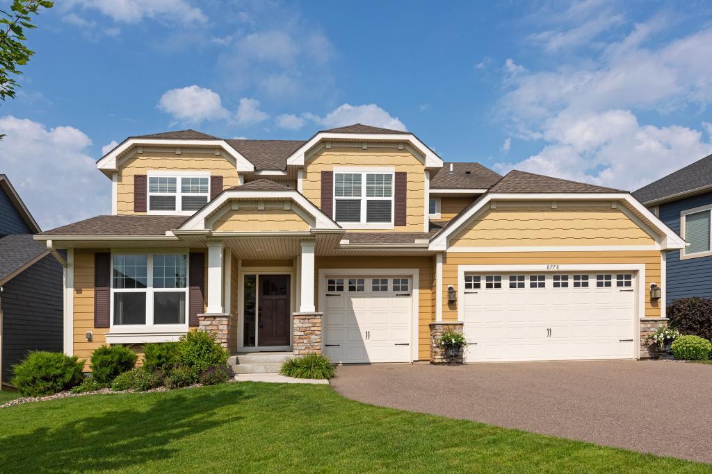 8778 Bellevue Court Chanhassen, MN 55317