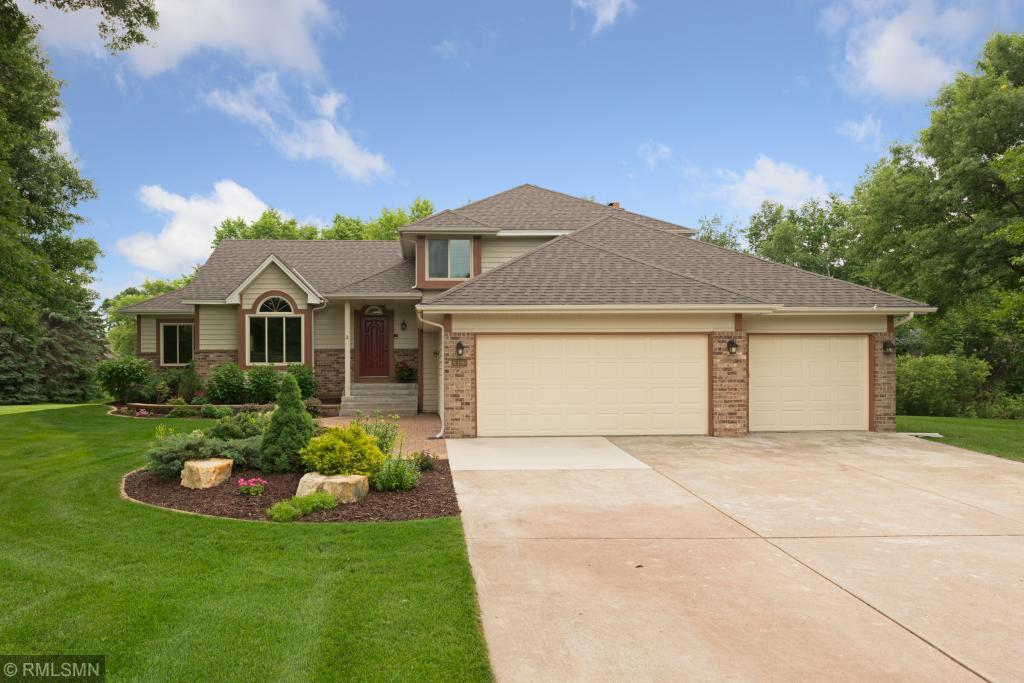 6396 Deerwood Lane Lino Lakes, MN 55014