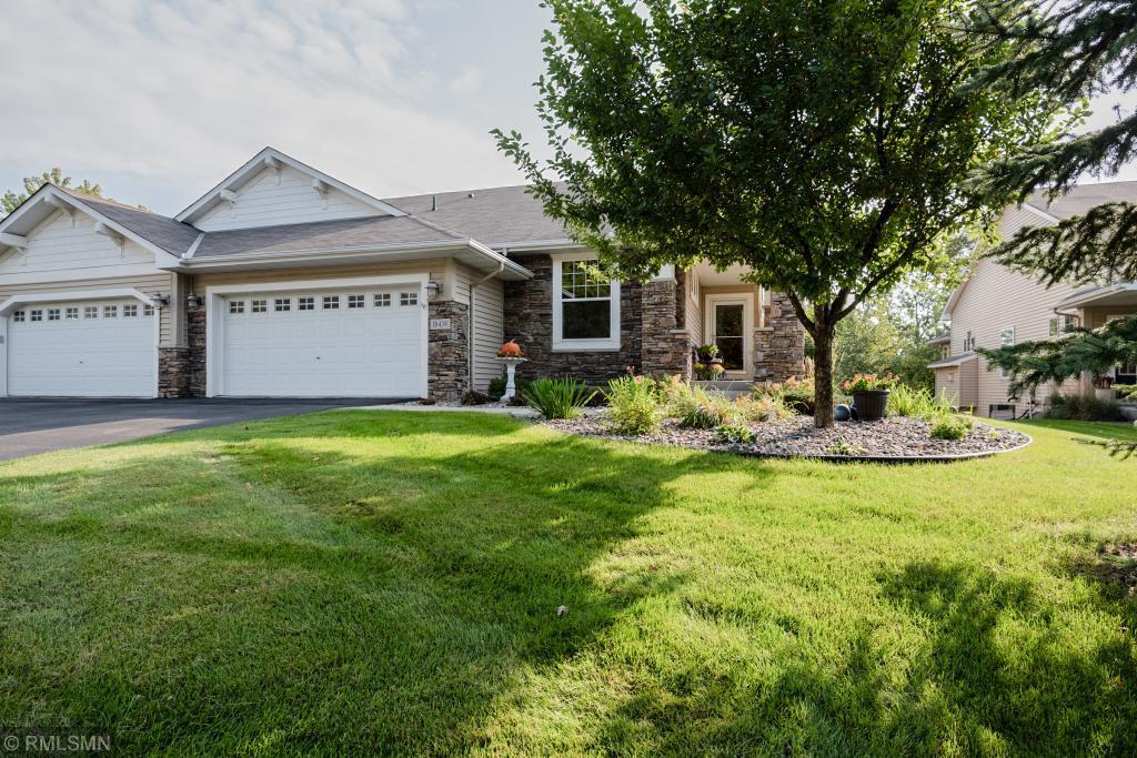 18438 Lansford Path Lakeville, MN 55044