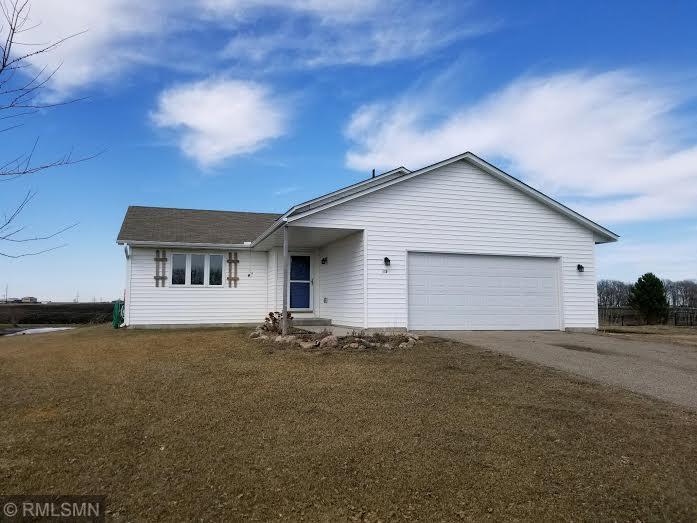 135 E Shamrock Drive Green Isle, MN 55338