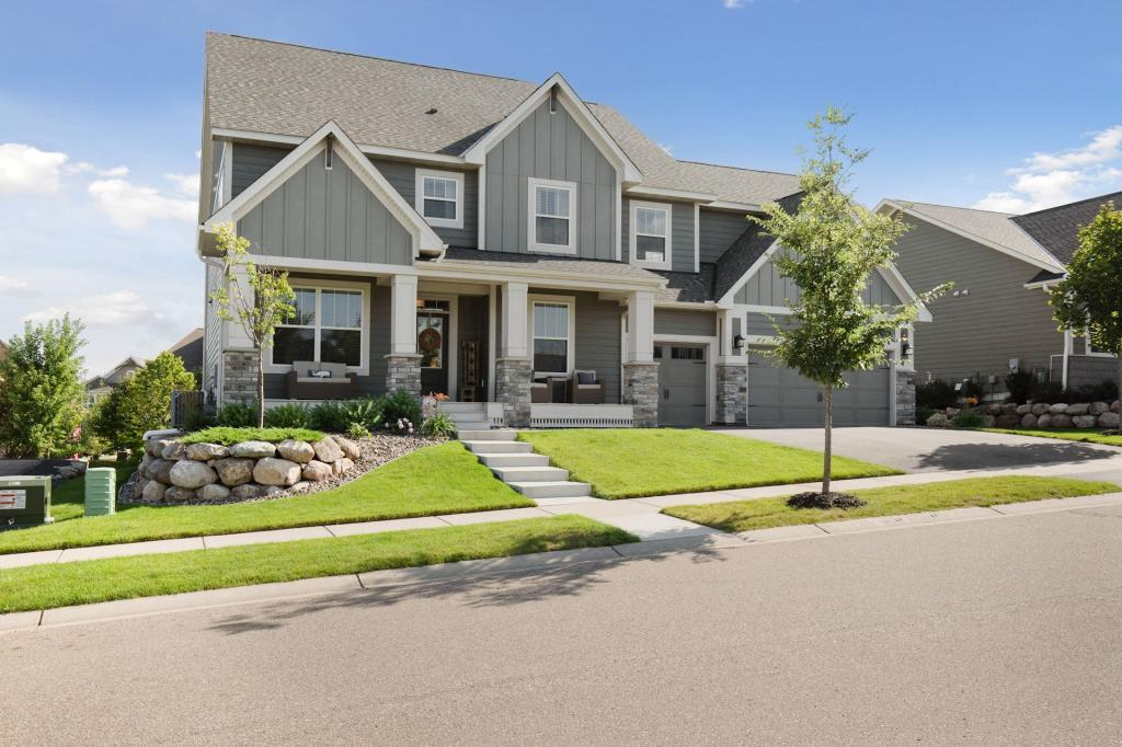 16632 Early Dawn Trail Lakeville, MN 55044