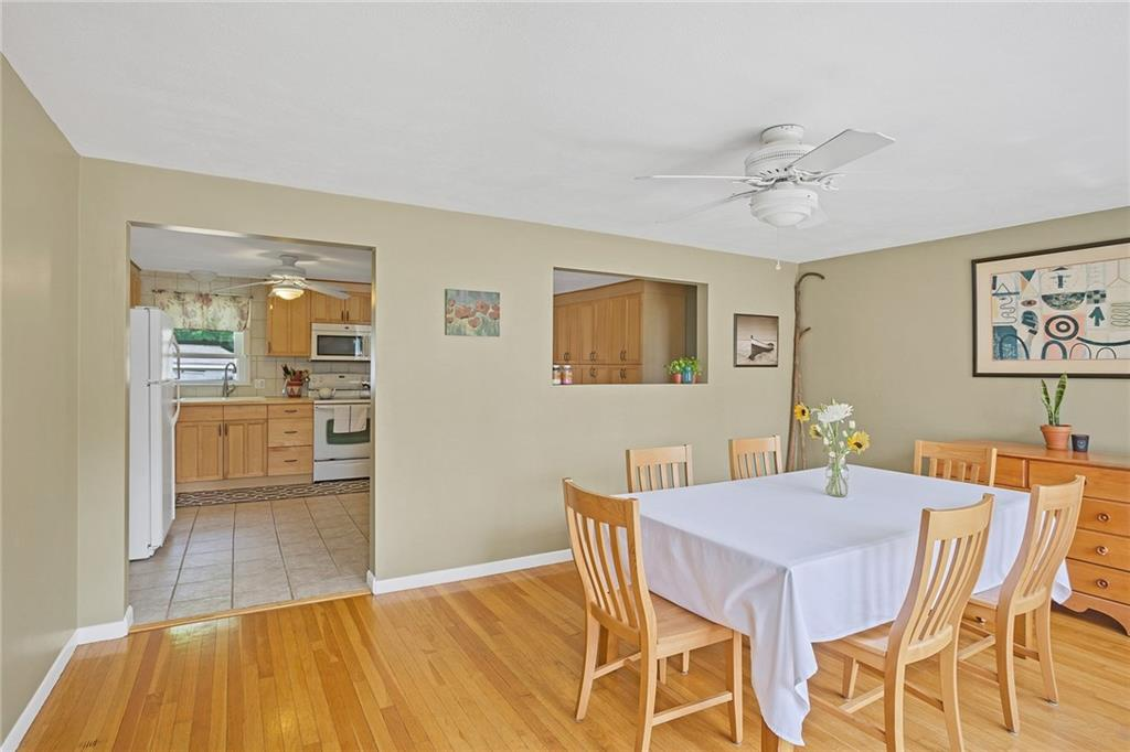 17 Pond View Dr Coventry RI 02816